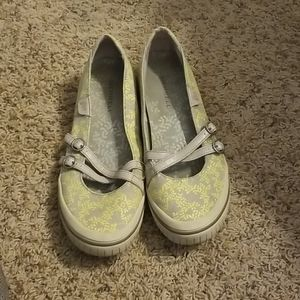 Merrell gray and yellow floral flats 9 EUC